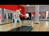 Акробатика с элементами Break Dance