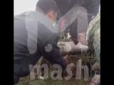 Транспортные полицейские общаются с жителями села в Хабаровском крае