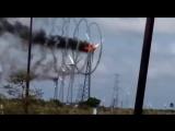 Ветряная мельница в огне