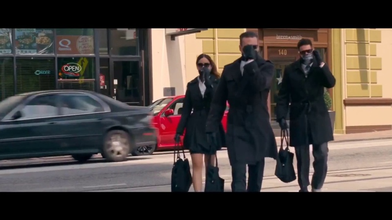 Малыш на драйве BÖ Serhat Durmus - Elimi Tut ft. Ecem Telli