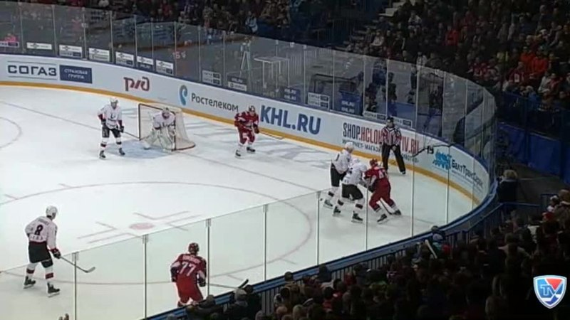 Моменты из матчей КХЛ сезона 14/15 • Гол. 2:0. Контиола Петри (Локомотив) точно в девятку 14.10