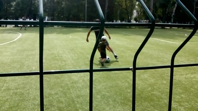 Мяч сын👍
