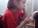 Кристина играет и слушает музыку