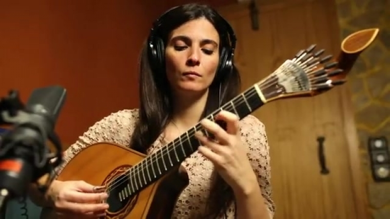 Marta Pereira da Costa Camané Fado Laranjeira (Vídeo Oficial) » Freewka.com - Смотреть онлайн в хорощем качестве
