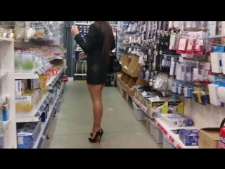 Julie shoping in supermarkets with louboutin high heels hot chick.