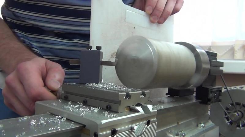 Торцевание и протачивание заготовки АМГ-3 Ф70*100мм. Taig Lathe.