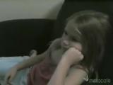 Отец испугал девочку