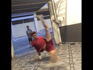 Олдскульный Бразильский Флай