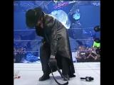 The Undertaker stalking JBL 2004