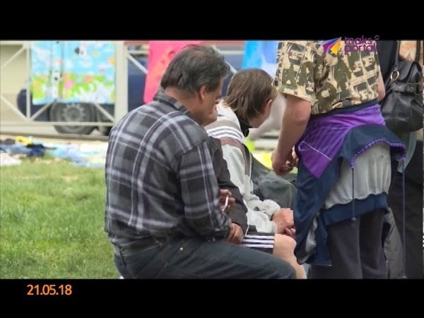 В Сочи стихийный блошиный рынок отравляет жизнь горожан