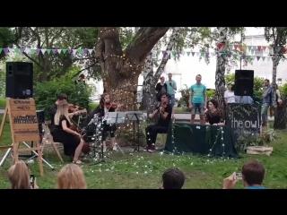 daria shakhova - фрагмент выступления в Нарымском сквере