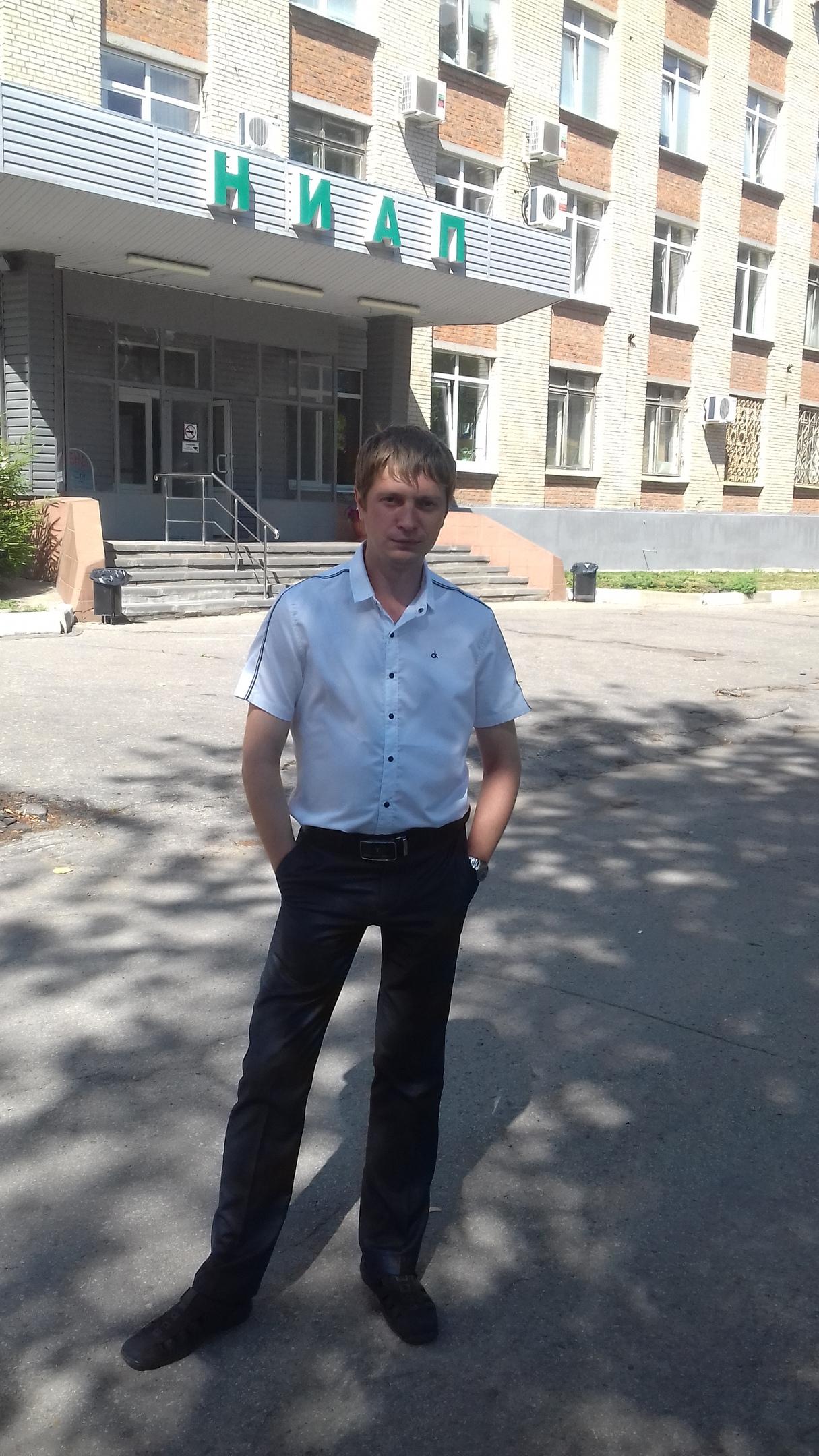 Yuriy, 30, Novomoskovsk