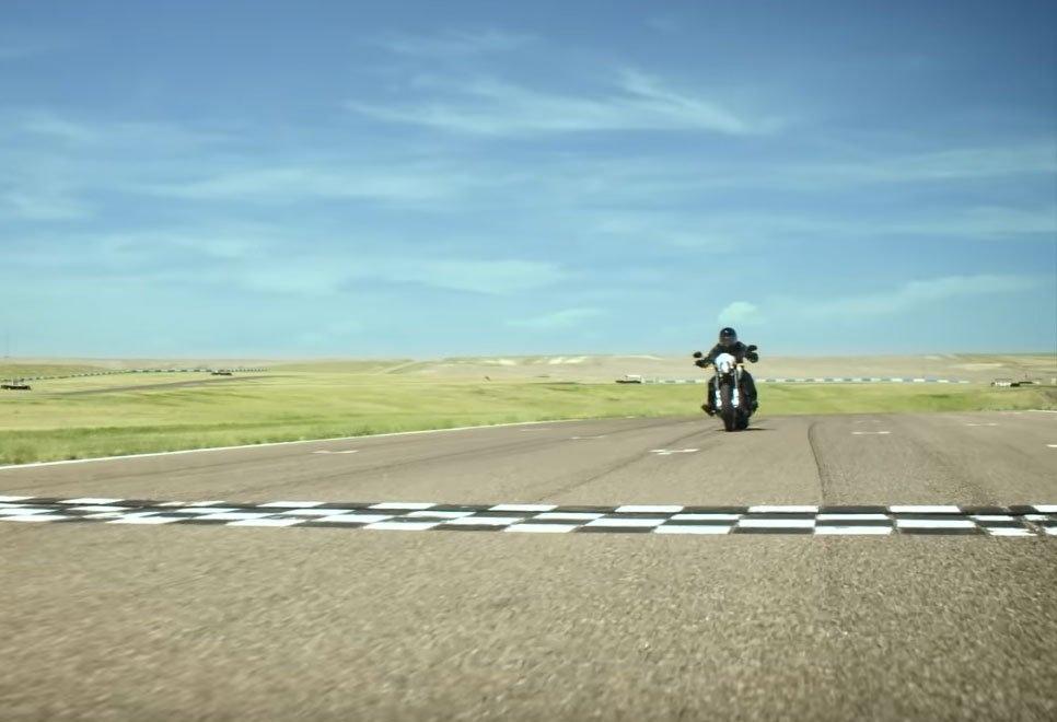 Новый мотоцикл Harley-Davidson FXDR 114 2019 засветился в недавнем проморолике
