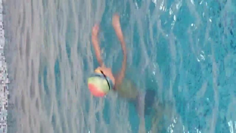 Дима поплыл