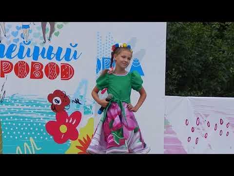 Чепурина Вероника, 9 лет.Песня Русская красавица