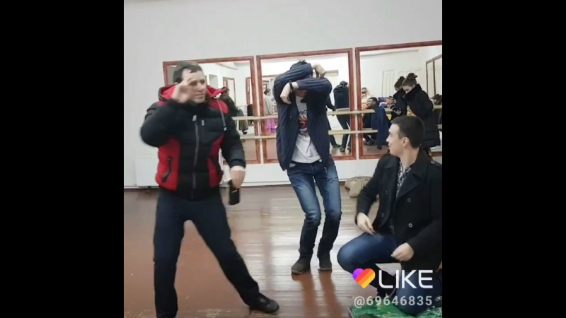 Закулисье праздничных концертов на примере ДК пос.Каменка.