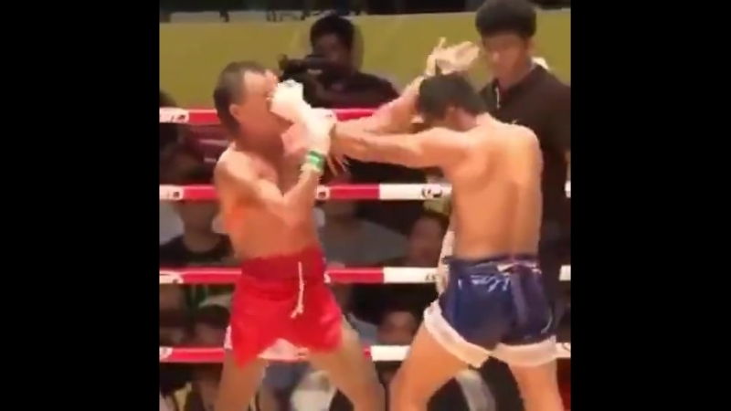Бирманский бокс Лэхвей Нокаут головой