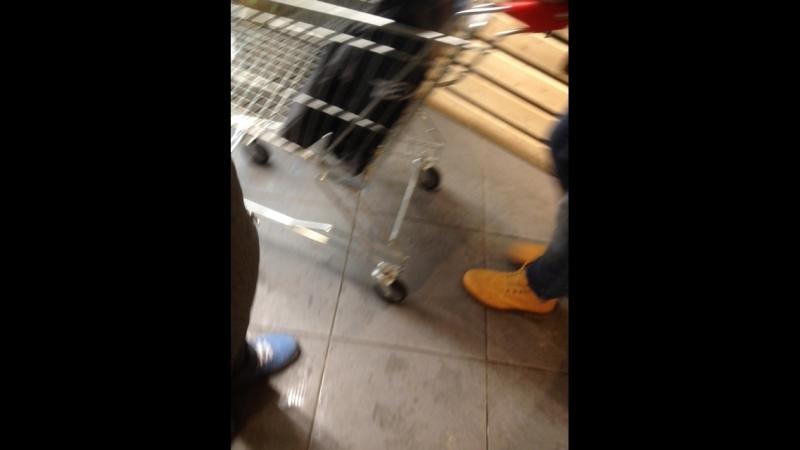 Как обманывают в магазинах била смотрите