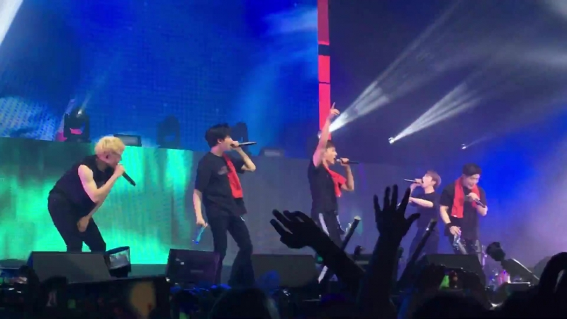 [VK][180620] MONSTA X - Fallin @ The 2nd World Tour The Connect in Amsterdam