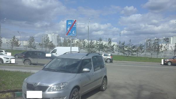 Стойку с дорожными знаками восстановили на Зеленоградской