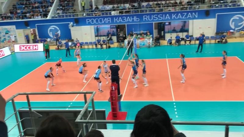 Чемпионат России по волейболу среди женских команд Динамо Казань и Динамо Москва Финал