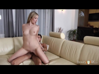 Секс с очаровательной мамой