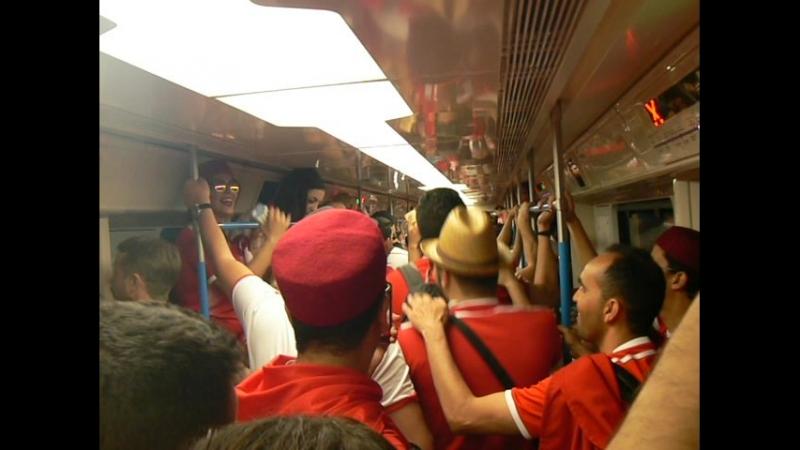 Болельщики Туниса в поезде метро. Москва. Перед матчем Бельгия - Тунис. Часть 2