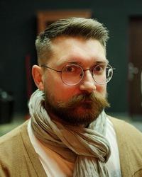 Илья Сухоносик