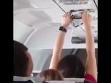 На рейсе Анталья — Москва пассажирка полчаса сушила трусики под вентилятором ...