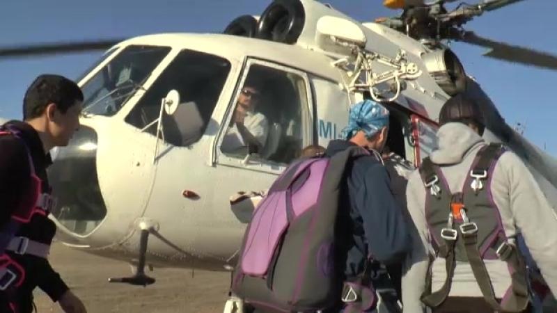 видеограф Айгуль Испаева - Прыжок с парашютом .