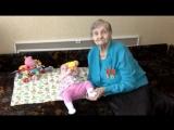 Новости на «Россия 24»  •  Встреча поколений: благодаря врачам 90-летняя женщина прозрела и увидела правнучку