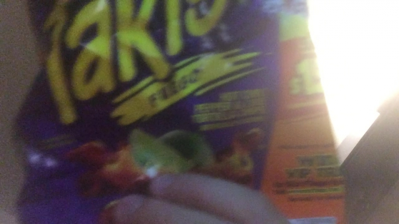 Food Review 10 Takis