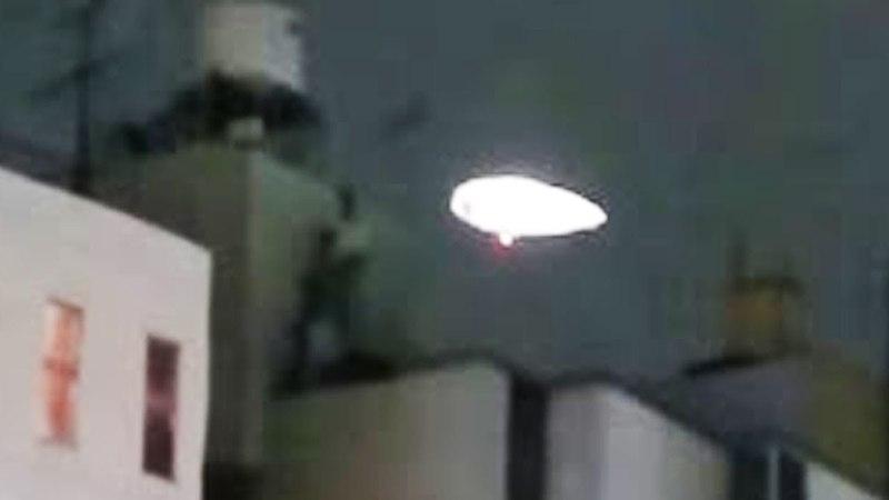 10 مشاهد غامضة للاطباق الطائرة UFO فى سماء اليا15