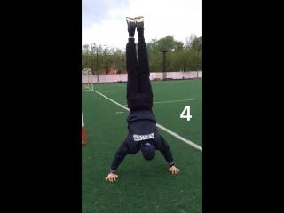 5 handstand push ups 😊