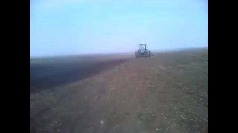 Трактор ХТЗ и культиватор. Весенняя культивация