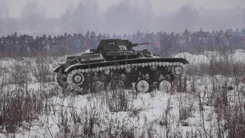 Реконструкция боя на Синявинских высотак посвящённая 75-ой годовщине прорыву блокады Ленинграда 2-ая часть