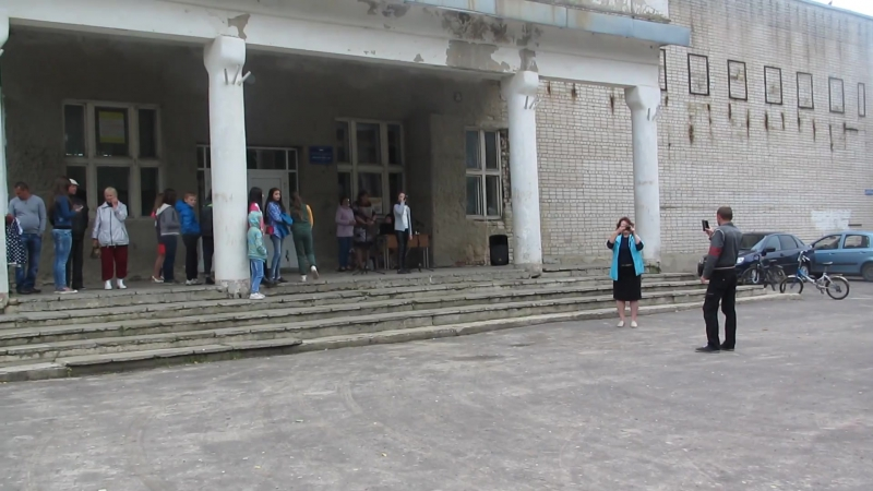 Ульяна Горбачева исполняет песню
