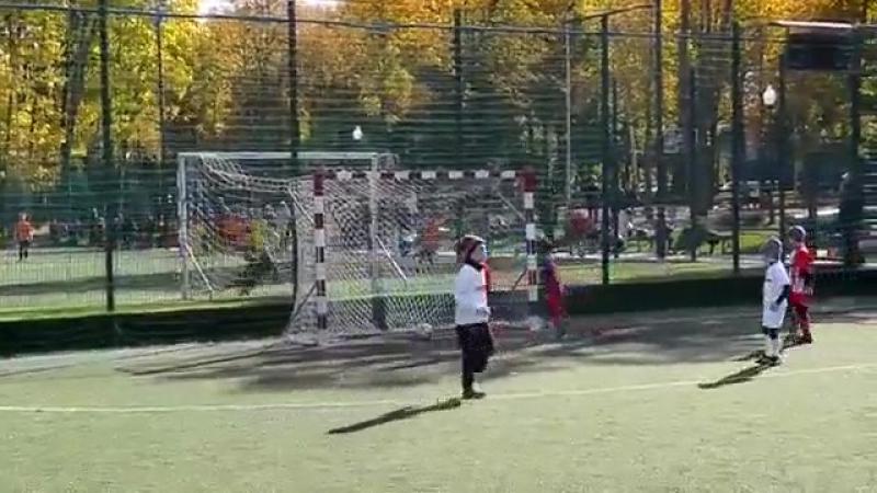 Заря Рубежное (2010) vs Коммунар (2010) (16-10-2017)Ярослав. Гол левой