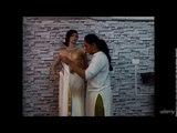 Wearing the great Indian Saree in most stylish way! : Kerala Style Saree - Mundu Veshti