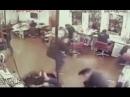 Расстрелял парикмахера