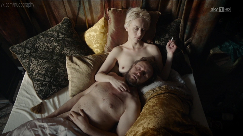 Северия Янушаускайте (Severija Janusauskaite) голая в сериале