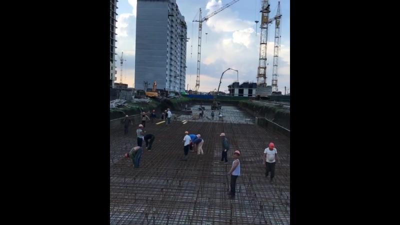 ⠀⠀⠀⠀⠀⠀⠀⠀⠀ Заливаем монолит ЖК «Времена Года 3» Литер 3