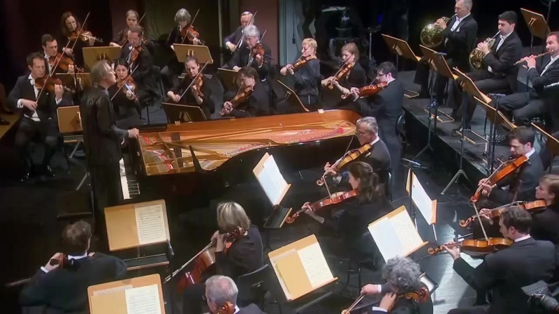 Beethoven - Piano Concertos - Christian Zacharias Orchestre de Chambre de Lausanne