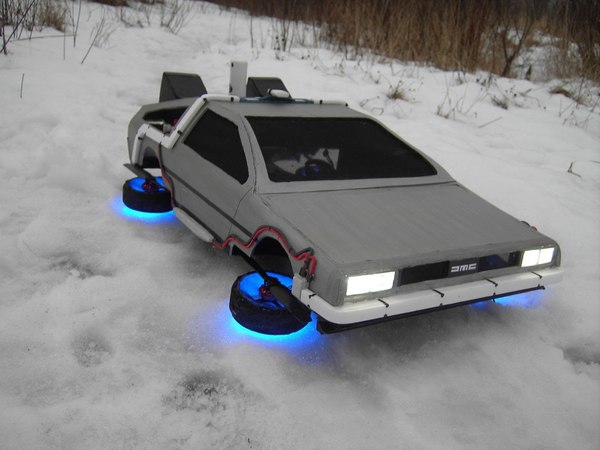Flying Time Machine from the movie Back to the Future from Native18