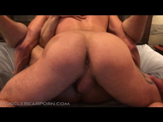 Muscle Bear Porn - MBP2004 - Southern Breeding - Nate Stetson, Sean Maygers, Liam  Will Angell [1080p]