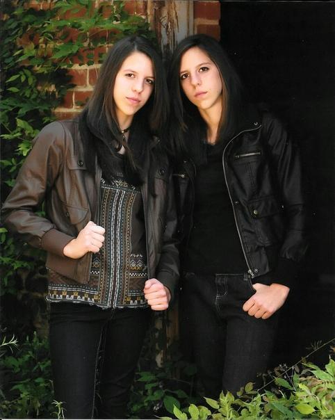девушки-близнецы сменили пол 23-летние идентичные близнецы джек и джесси греф на вид самые обычные парни, и ничем не выделялись бы в толпе таких же парней. однако родились они девочками и звали