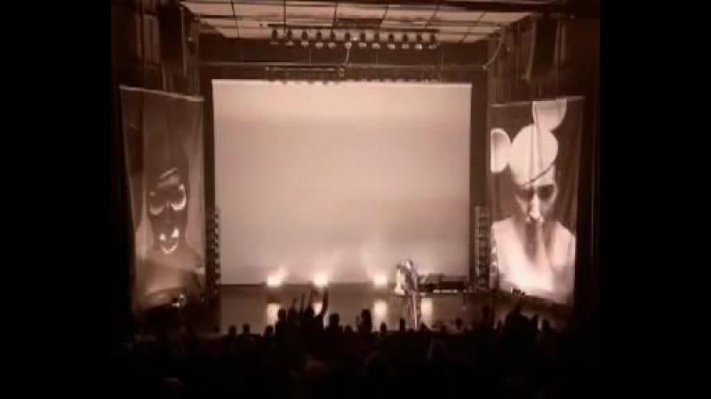 Marilyn Manson - Alabama Song (The Doors cover from Aufstieg und Fall der Stadt Mahagonny) песня Дэвида Боуи💚💚
