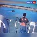 ВЕСТИ.ru РОССИЯ 24 on Instagram В Азове трое мужчин в возрасте от 25 до 35 лет крепко выпили, пошли на поиск приключений, украли лодку и поплыл...