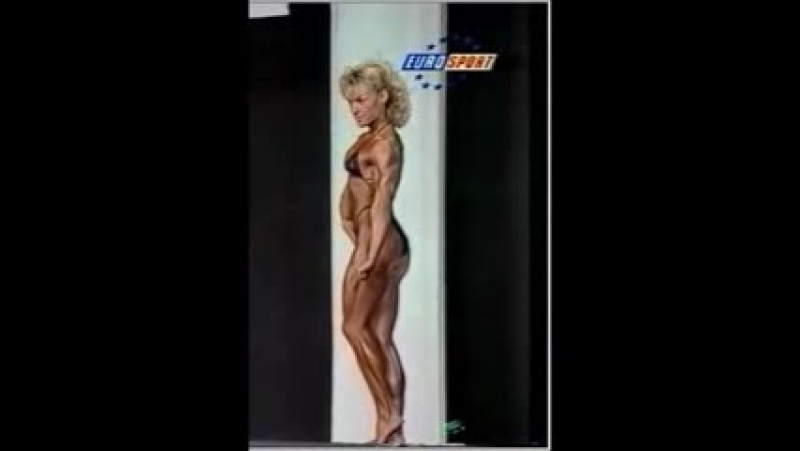 Frederique_Auchart_beautiful_French_Muscle_Girl_1993_contest