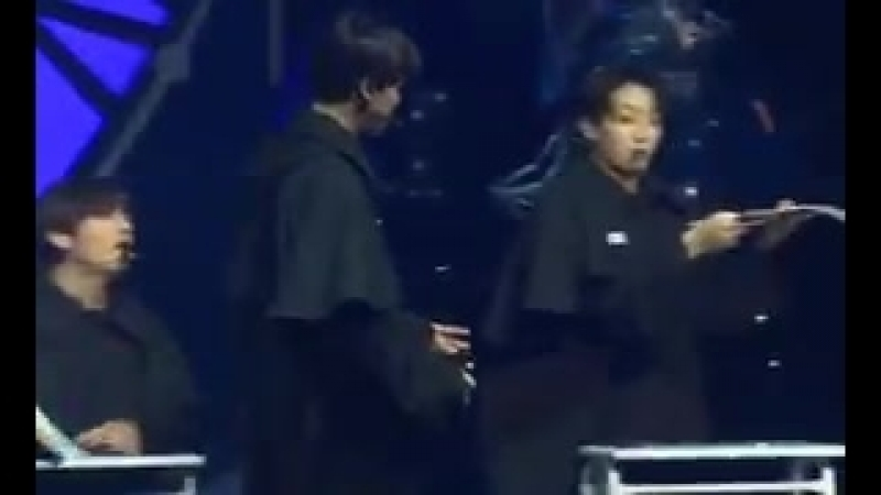Taehyung r-really whined bc jimin walked straight past him